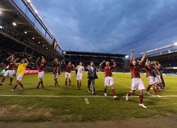 Danmark takker tilskuerne efter kampen, Sverige 20